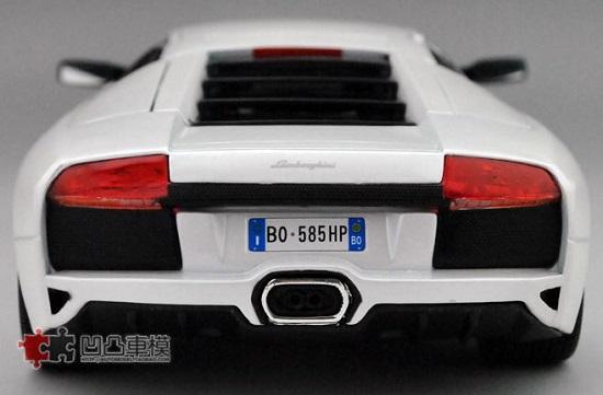 โมเดลรถ โมเดลรถเหล็ก โมเดลรถยนต์ Lamborghini LP640 white 5