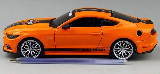 โมเดลรถ รถเหล็ก โมเดลรถเหล็ก โมเดลรถยนต์ Ford Mustang 2015 5