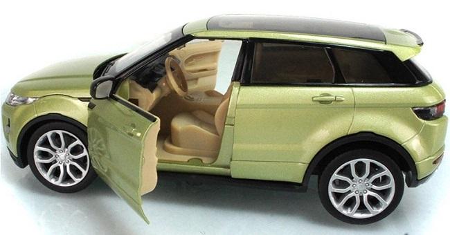 โมเดลรถเหล็ก โมเดลรถยนต์ Land Rover Evoque 4 doors เขียวอ่อน 5