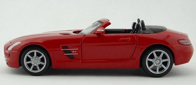โมเดลรถ โมเดลรถยนต์ โมเดลรถเหล็ก sls amg roadster แดง 3