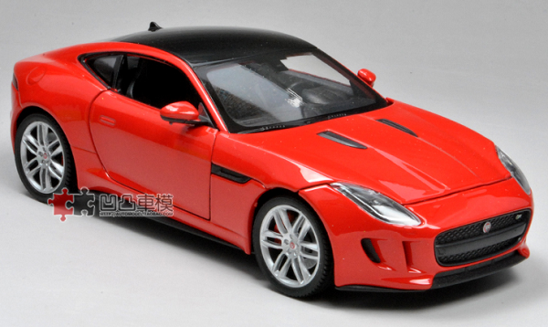โมเดลรถยนต์ โมเดลรถเหล็ก Jaguar F-Type red 2