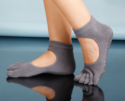 (พรีออเดอร์) YKA80-6-1 ถุงเท้าโยคะ กันลื่น