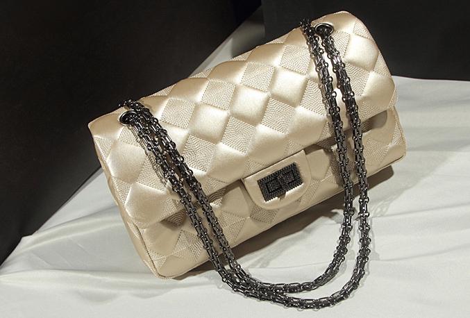 กระเป๋าแบรนด์ ZARA Basic chain shoulder bag สีครีมโกลด์