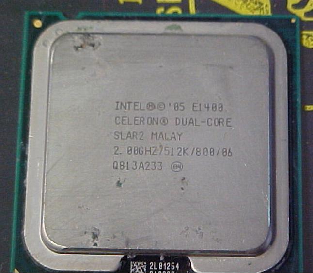 [775] Celeron E1400 แคช 512K, 2.00 GHz, 800 MHz FSB