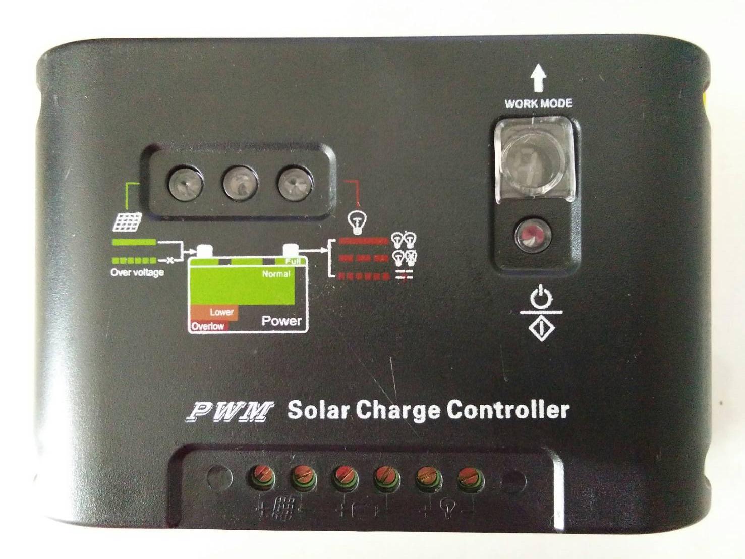 ตัวควบคุมการชาร์จแบตเตอรี่ แบบ PWM_15A 12/24V (SSE)