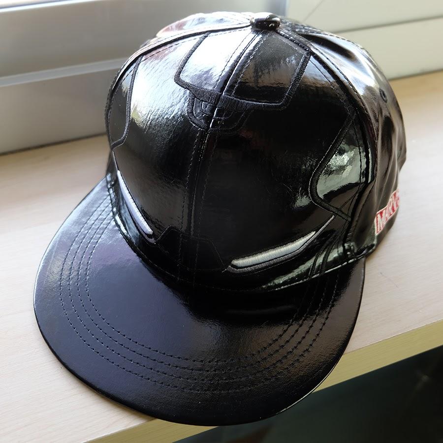 หมวก Snapback IRONMAN หนังแก้ว ดำ