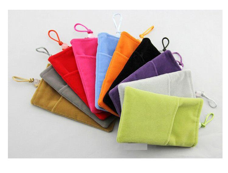 ถุงผ้ากำมะหยี่ 2 ช่อง ใส่มือถือหรือแบตสำรอง ขนาด 5.0 นิ้ว 10*16 ซม. (สีเขียว)