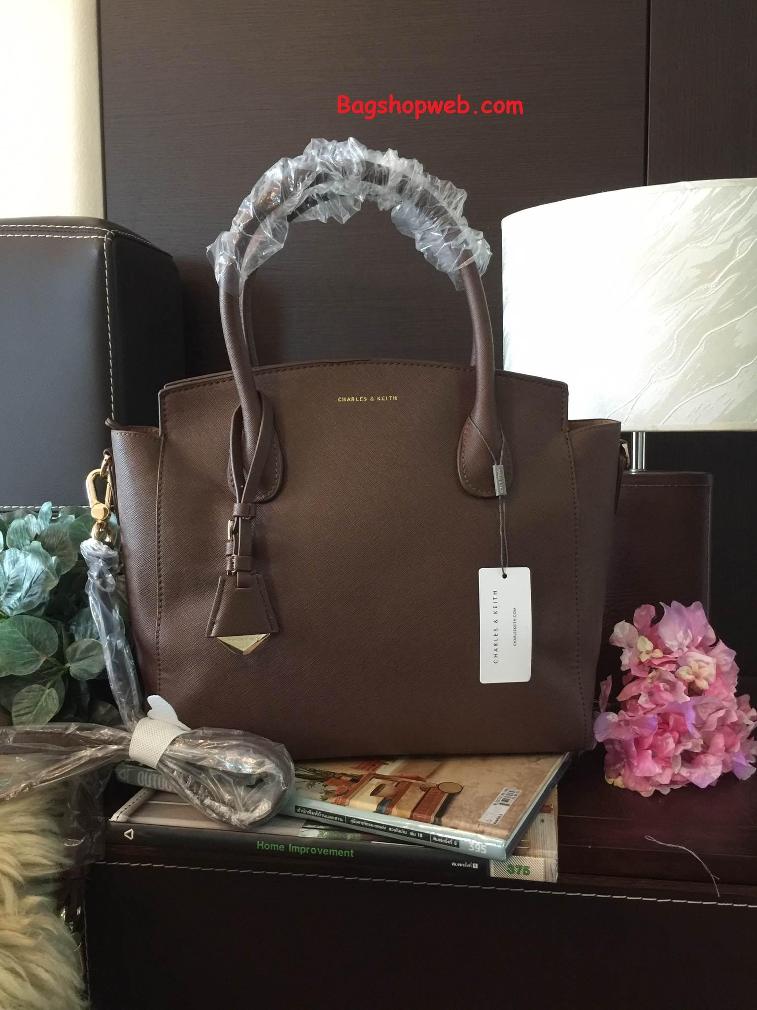 กระเป๋า CHARLES & KEITH GUSSETED TOTE 2016 size L สีน้ำตาล