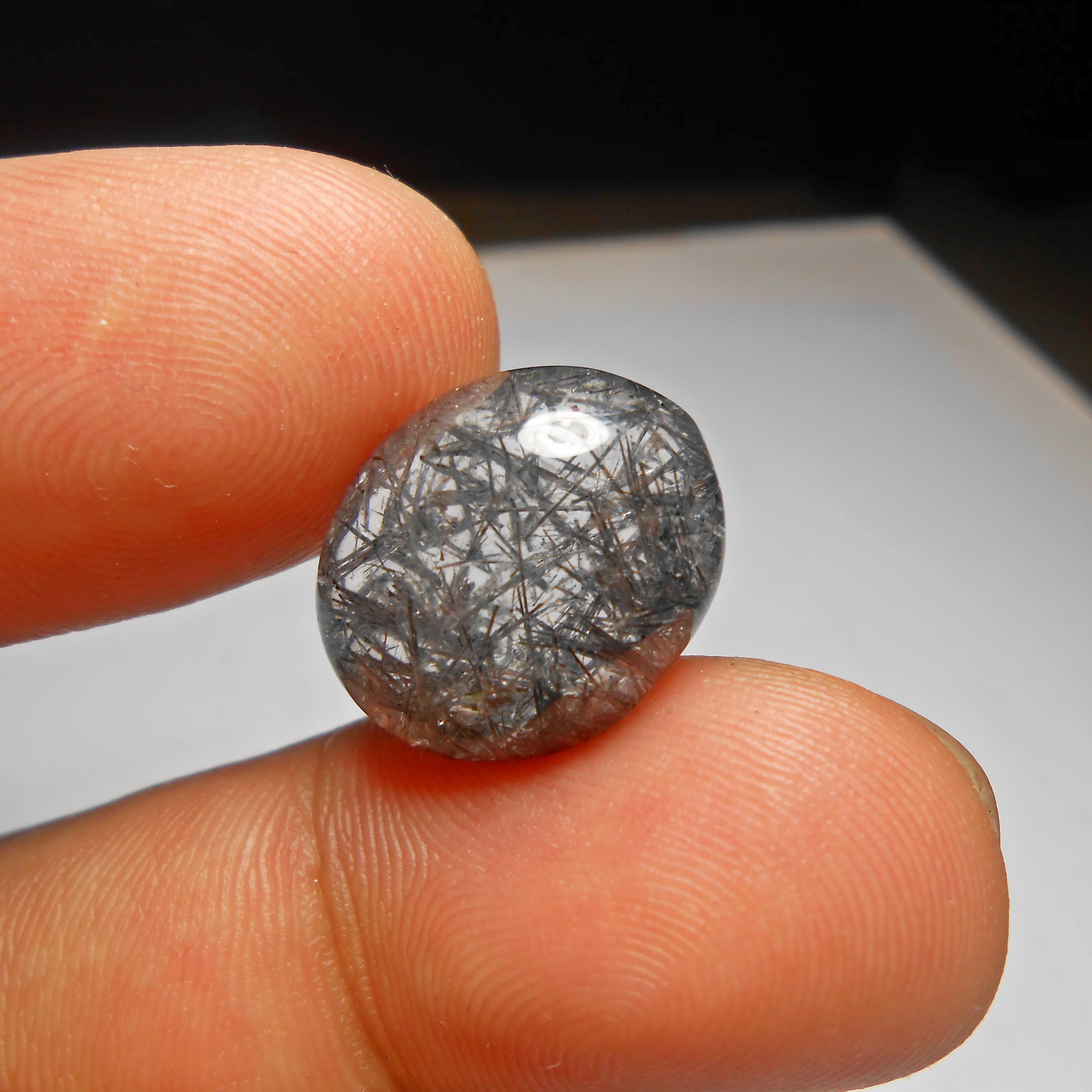 แก้วขนเหล็กเส้นสวย คม น้ำใสขนาด 1.7x1.4 cm ทำ จี้ หรือ แหวน สวยๆ