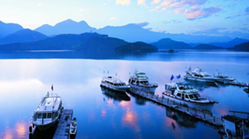 ทัวร์ไต้หวัน อุทยานเย่หลิว ล่องทะเลสาบสุริยันจันทรา 6วัน 4คืน XW