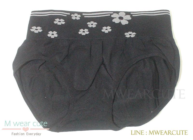 กางเกงในเอวสูง กางเกงในขอบใหญ่ ลายดอกไม้ สีดำ