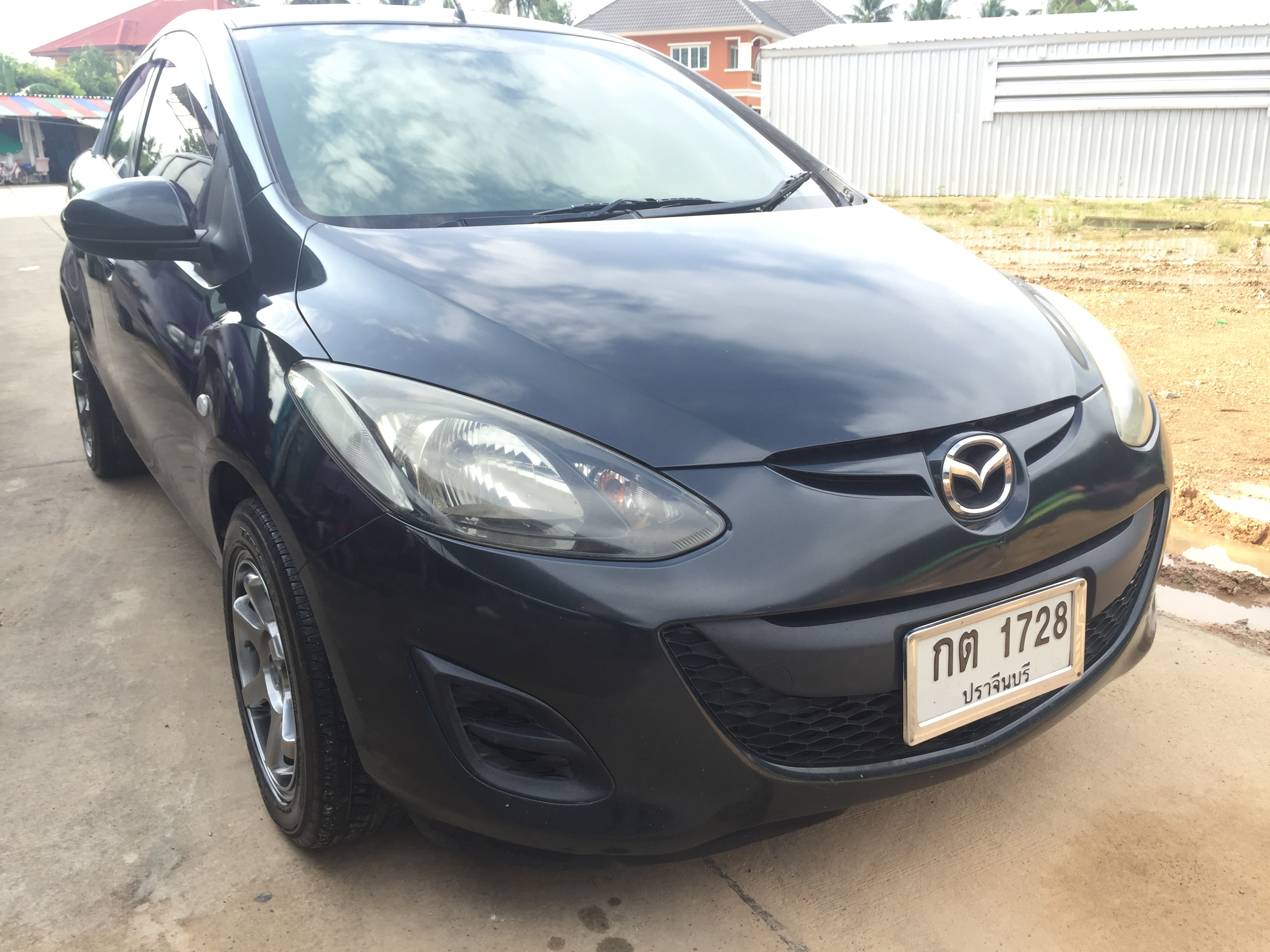 ฟรีดาวน์ ผ่อ่น 5261x72งวด แถมประกัน Mazda 2