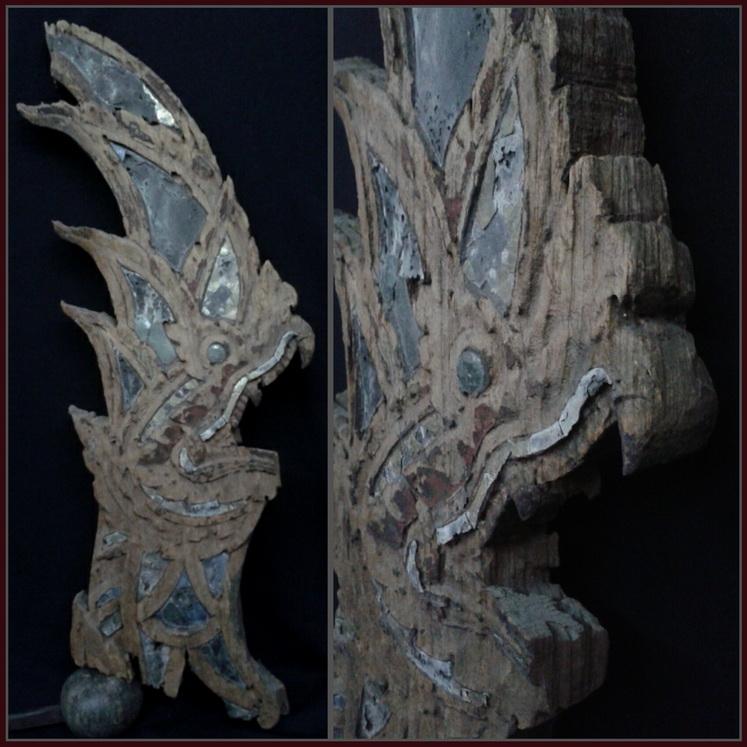 ไม้แกะเศียรพญานาคเก่า สูง 29.5 นิ้ว