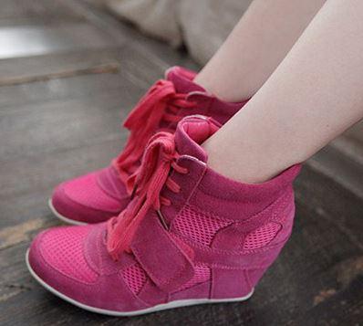 รองเท้าผ้าใบแบบตาข่ายสวยหวานเสริมสูงแฟชั่นสไตล์เกาหลี