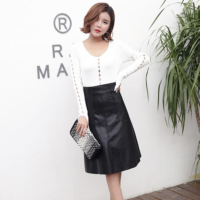 เสื้อแฟชั่นเกาหลีสีขาว แขนยาว เข้ารูป ฉลุลาย สวยเก๋ สไตล์มินิมอล