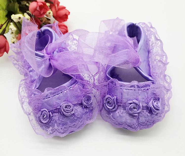 รองเท้าลูกไม้ สไตล์เจ้าหญิง (สีม่วง)