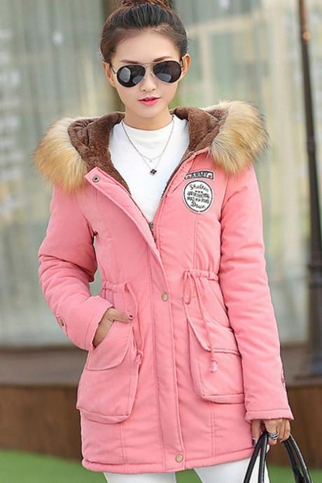 (สินค้าหมด) เสื้อโค้ทกันหนาวผู้หญิง สีชมพู มีฮู้ทพร้อมผ้าขนสัตว์ แต่งสายรูดจั๊มช่วงเอว