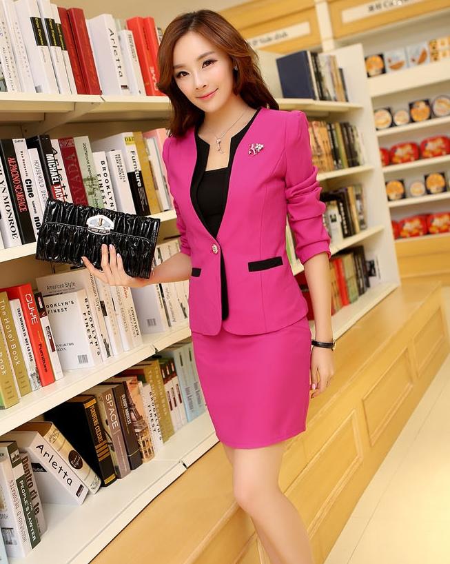 (สินค้าหมด) เสื้อสูทแฟชั่นผู้หญิง เสื้อสูททำงานเซ็ตคู่ สีชมพูแต่งขริบสีดำ คอวีลึกติดกระดุมเม็ดเดียวเก๋ แขนยาว กระโปรงทรงเอ สีชมพูมีซิบรูดด้านหลัง