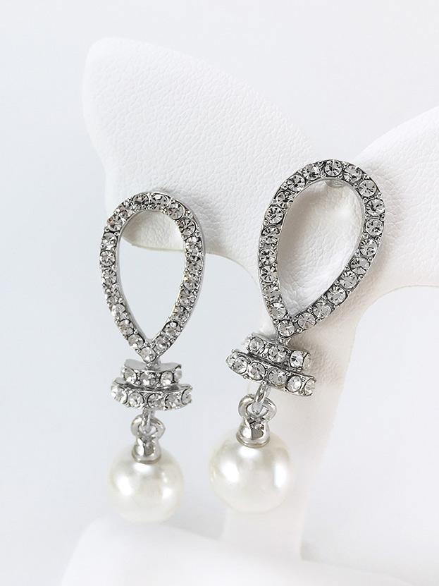 Viva Glam Earring ต่างหูแฟชั่นเกาหลี ตุ้มหูห้อยมุก สีเงินประดับเพชร พร้อมส่งค่ะ