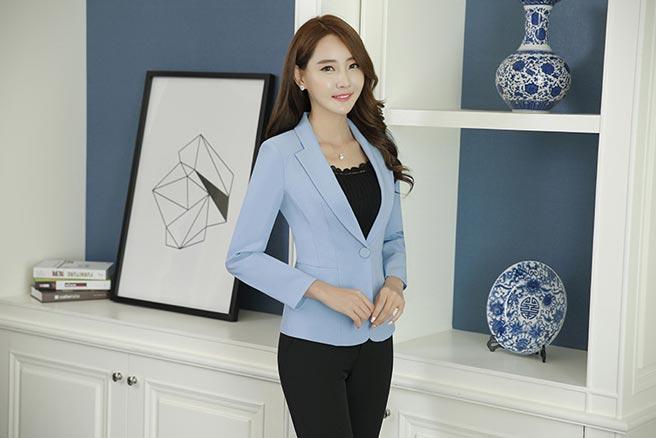 เสื้อสูทผู้หญิง เสื้อสูทแฟชั่น สีฟ้า แขนยาว คอปก เรียบๆ ใส่ทำงานได้