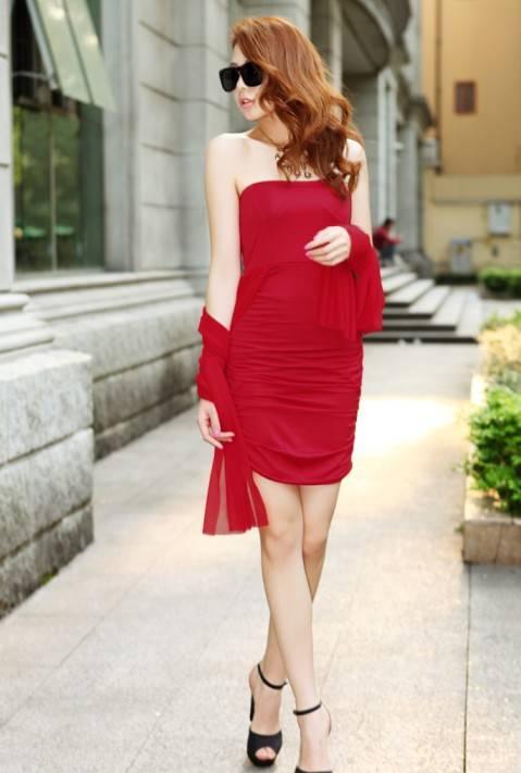 รับตัวแทนจำหน่ายชุดเดรสแฟชั่นเกาหลีสีแดงไฮโซมากๆ