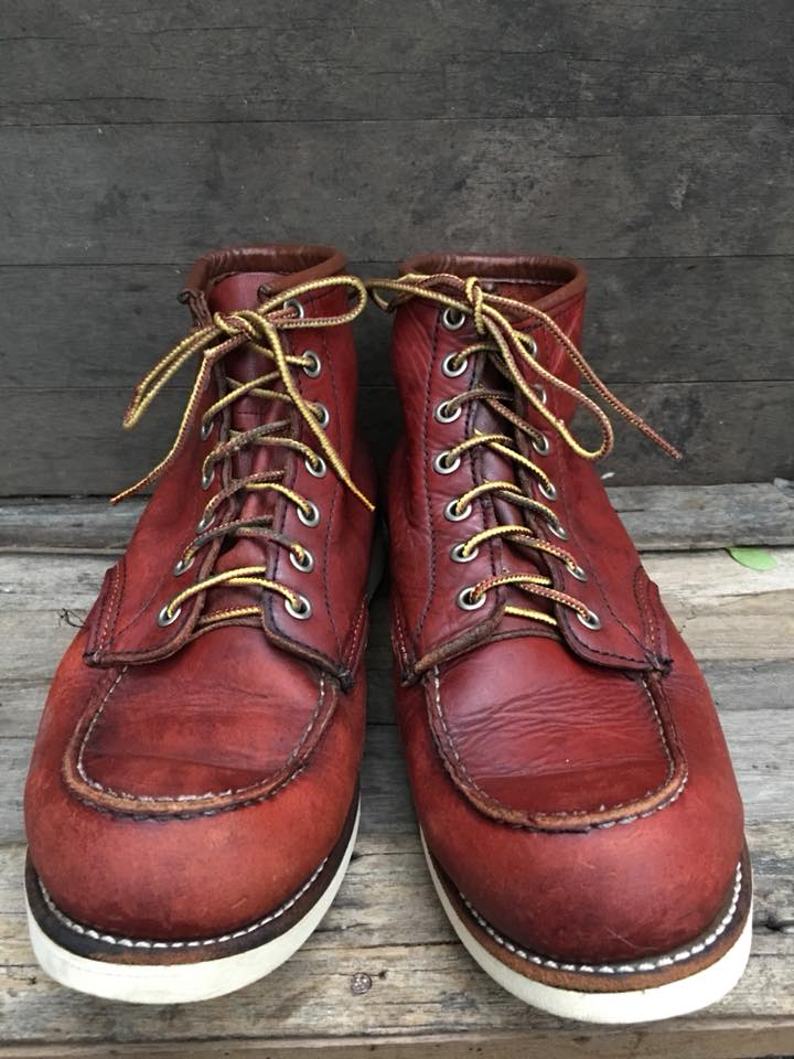 93.Redwing8875 boot size 8.5E