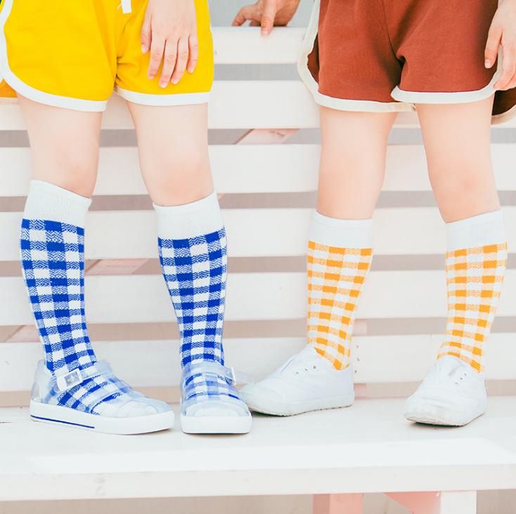 ถุงเท้ายาว สีน้ำเงิน แพ็ค 12 คู่ ไซส์ M ประมาณ 3-5 ปี