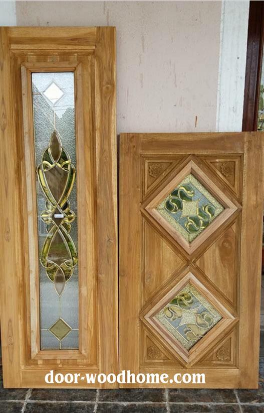 ประตูบานเฟี้ยมไม้สัก กระจกนิรภัย เกรดA,B