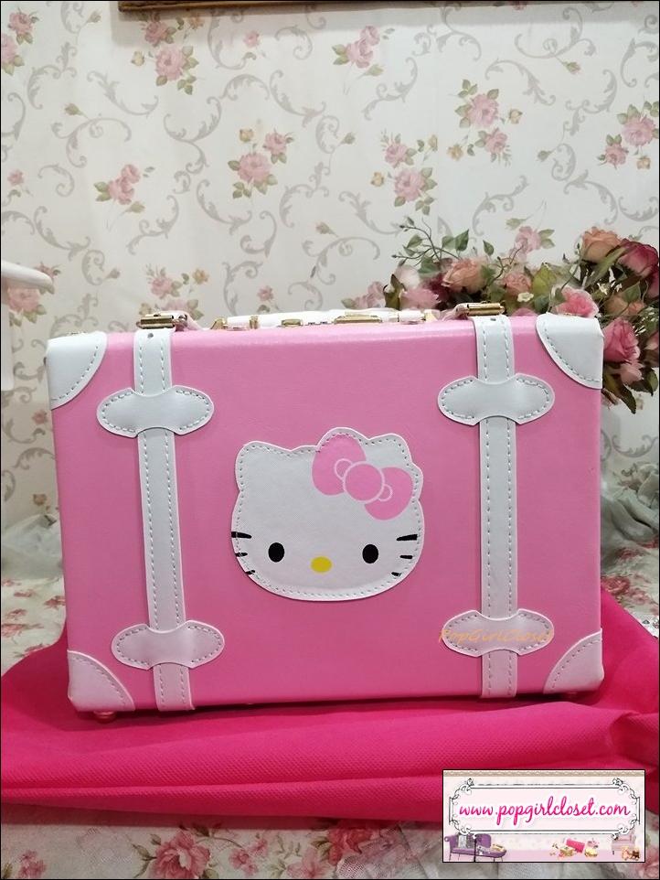 """กระเป๋าสะพายวินเทจสไตล์เกาหลี KITTY ดีไซน์วินเทจแบ๊ว ไซส์ 12"""" สีชมพูอ่อนคาดขาว """"BABY PINK/WHITE"""" Beauty Bag Vintage Korea Style สำหรับสาวกคิตตี้โดยเฉพาะเลยค่า !!!พร้อมส่ง ไม่ต้องรอพรีฯค่า"""