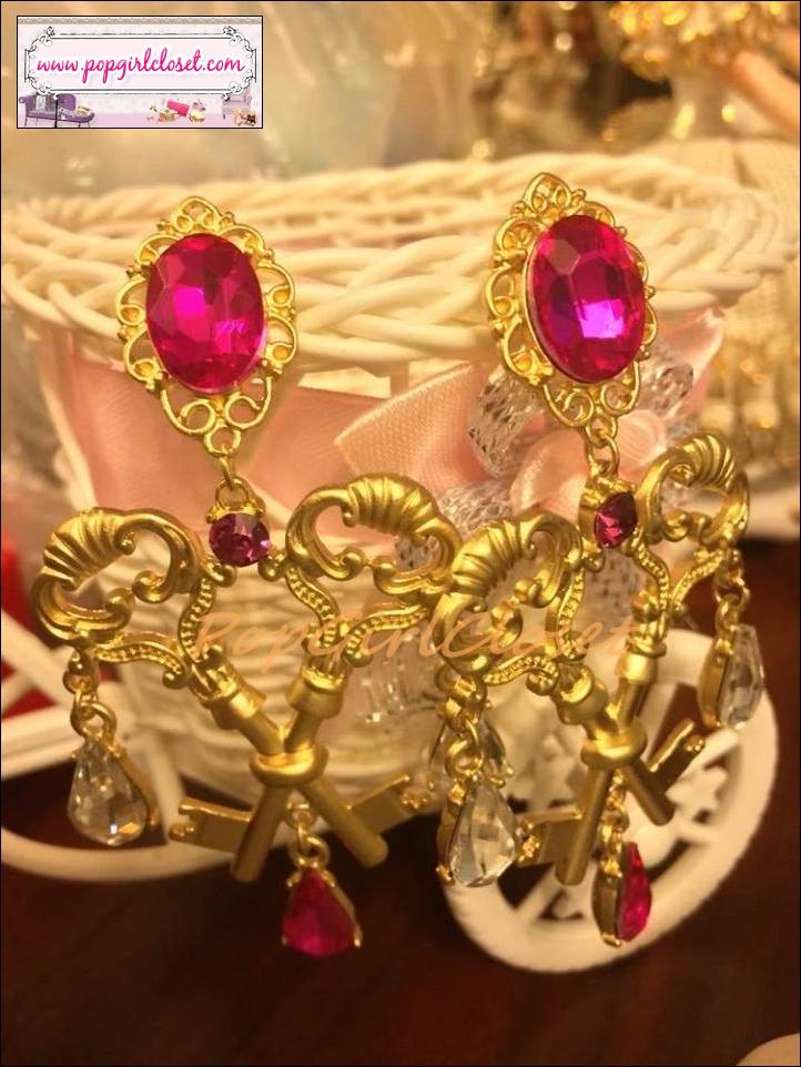 ต่างหูแฟชั่นสไตล์บาร็อค ต่างหูกุญแจโบราณไขว้ European Double Key Gem Palace Retro Baroque Wind Cross Earrings