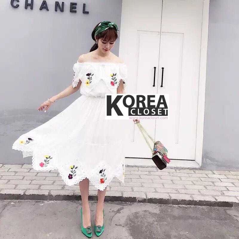 แม็กซี่เดรส Embroidery Floral Maxi Dress
