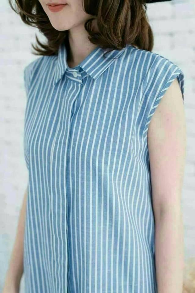 😀Sleeveless Dress Shirt 😀 Blue[Stripe]