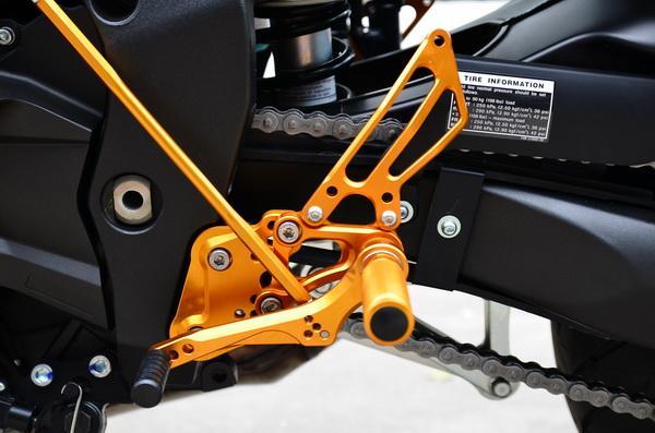 เกียร์โยง YAMAHA FZ1 06-08 MotoGP-Style Reverse Shifting