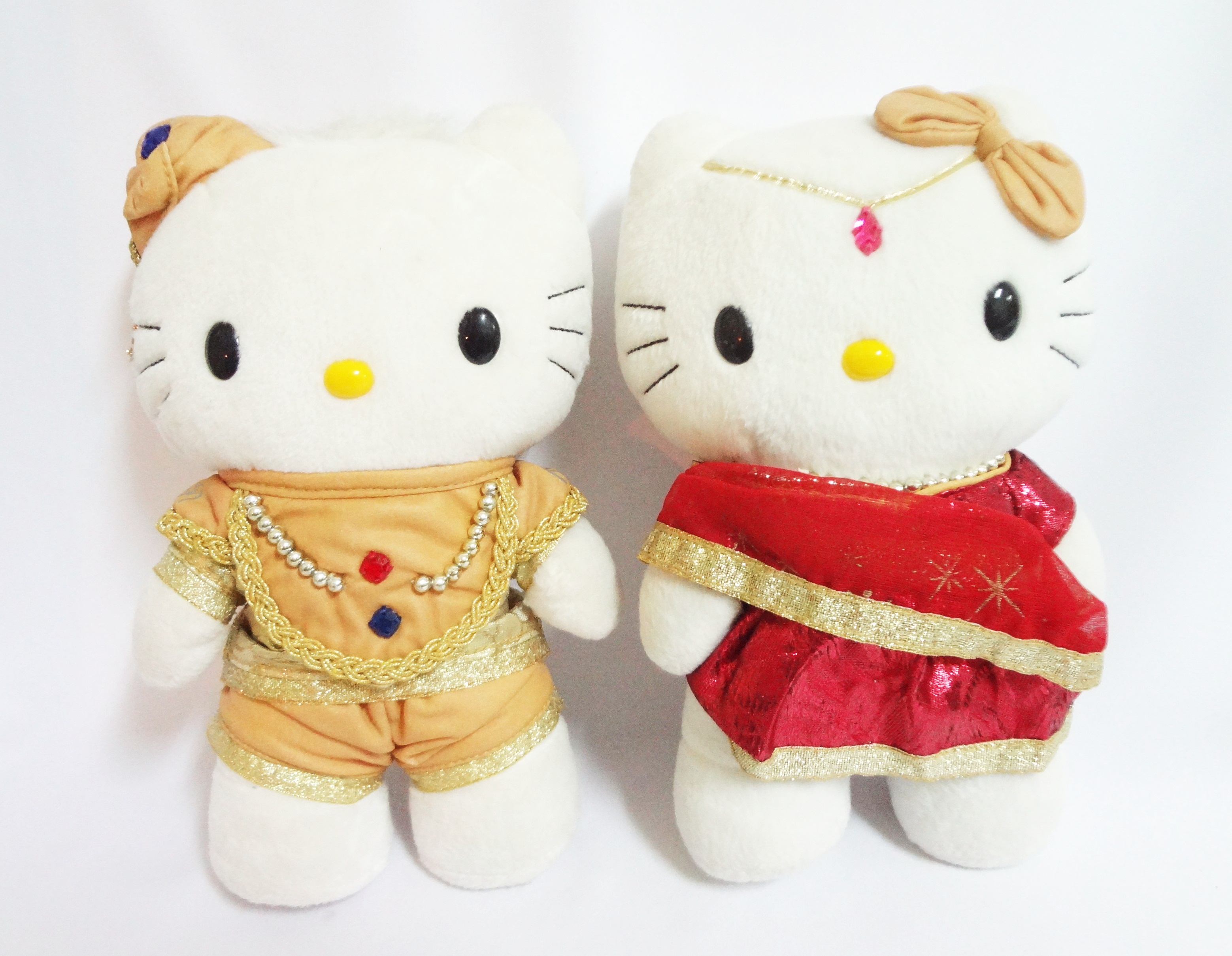 ตุ๊กตา Kitty King & Queen India McDonald