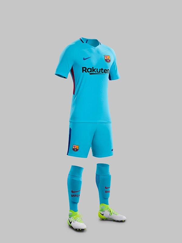 ชุดบอล บาร์เซโลน่า ทีมเยือน ฤดูกาล 2017 - 2018