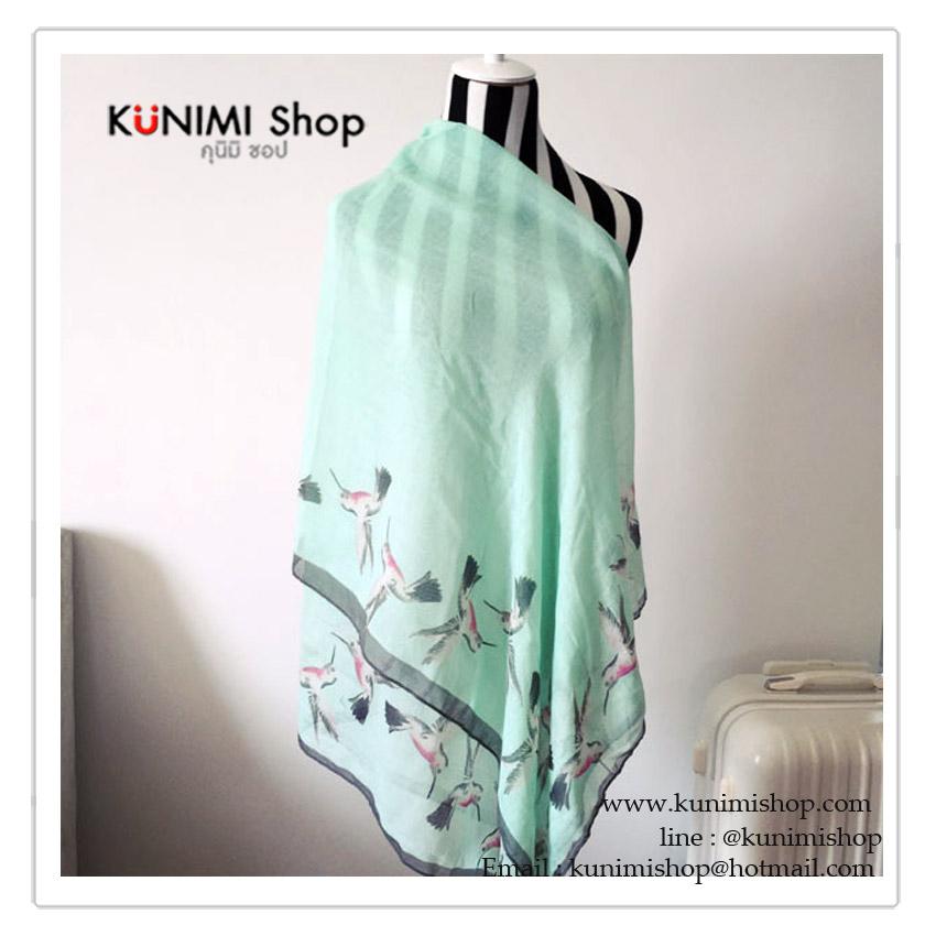ผ้าพันคอ แฟชั่น ลายสวย เก๋ สามารถใช้พันคอ คลุมไหล่ สวยดูดี ใช้ได้ทุกโอกาส ซื้อเป็นของขวัญก็ดูดีคะ ขนาด : 180 x 100 cm. ผ้า : ฝ้าย