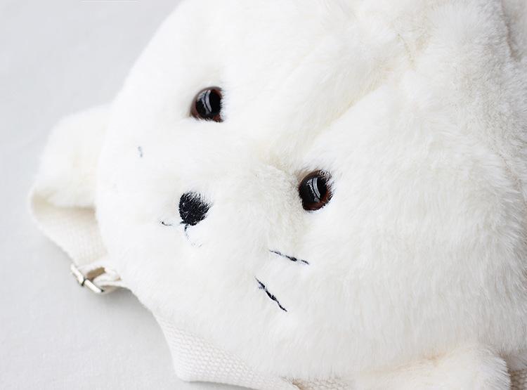 [Preorder] กระเป๋าเป้แมวน้ำนุ่มนิ่มน่ารักสีขาว