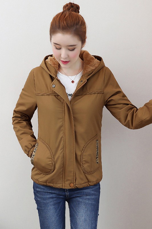 (พร้อมส่ง) เสื้อกันหนาวแฟชั่น เสื้อกันหนาวเกาหลี สีน้ำตาล แขนยาว แต่งจั๊มปลายแขน ซับในบุด้วยผ้าขนสัตว์นุ่มๆ มีฮูทสุดเก๋ แบบซิบรูด กระเป๋า 2 ข้างใช้งานได้