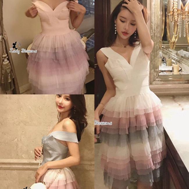 เดรสแฟชั่น Dress เดรสทรงคอวีเข้ารูปช่วงเอว