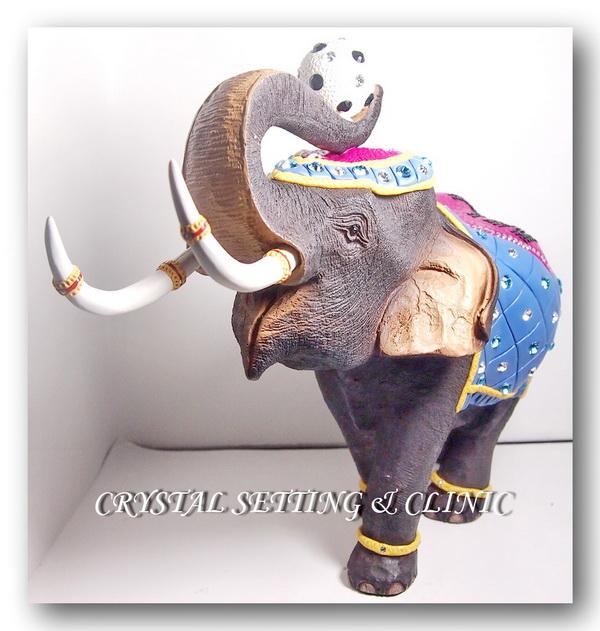 รูปปั้นช้าง ( Elephant Figurine )