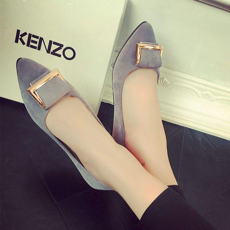 Pre Order รองเท้าผู้หญิงแฟชั่น ส้นแบน หัวแหลม ดีไซน์สวยทันสมัย มี 4 สี