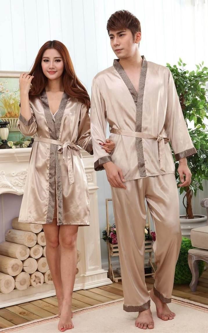 Pre Order ชุดนอนคู่รักแฟชั่นเกาหลี เสืัอคลุมผ้าไหมแขนยาว+กางเกงขายาว สีตามรูป