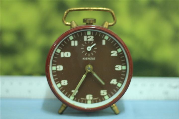 T0656 นาฬิกาปลุกเยอรมันโบราณ Kienzle ส่ง EMS ฟรี