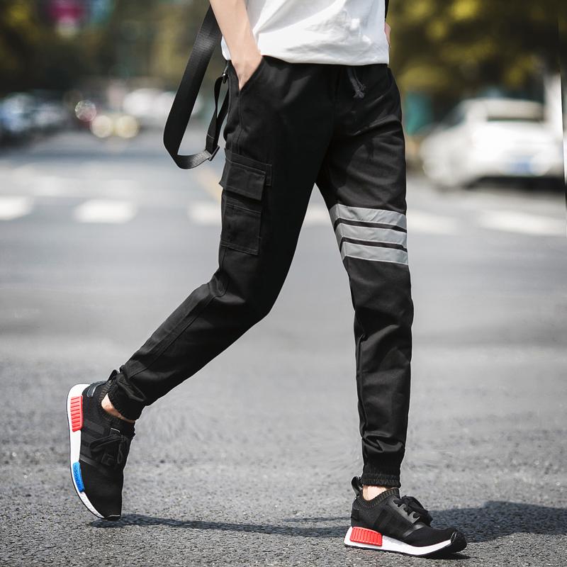Pre Order กางเกงผู้ชายขายาวแนวสปอร์ต แต่งกระเป๋าข้าง แถบคาด ขาจั๊ม มี4สี