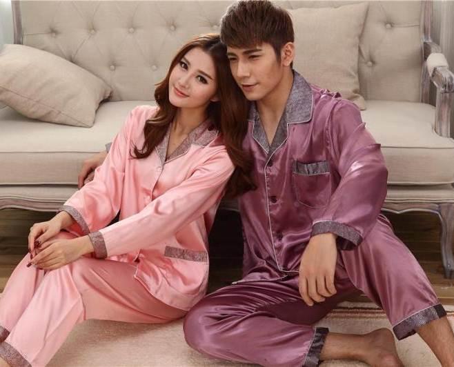 Pre Order ชุดนอนผ้าไหมคู่รัก เสื้อเชื้ตแขนยาวคอปก แต่งสลับสี+กางเกงขายาว แนวเกาหลี สีตามรูป