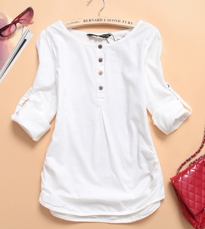 Pre Order - เสื้อแฟชั่น เสื้อคอกลม ติดกระดุมที่หน้าอก พับแขนเก็บได้ สี : สีน้ำเงิน / สีแดง / สีขาว
