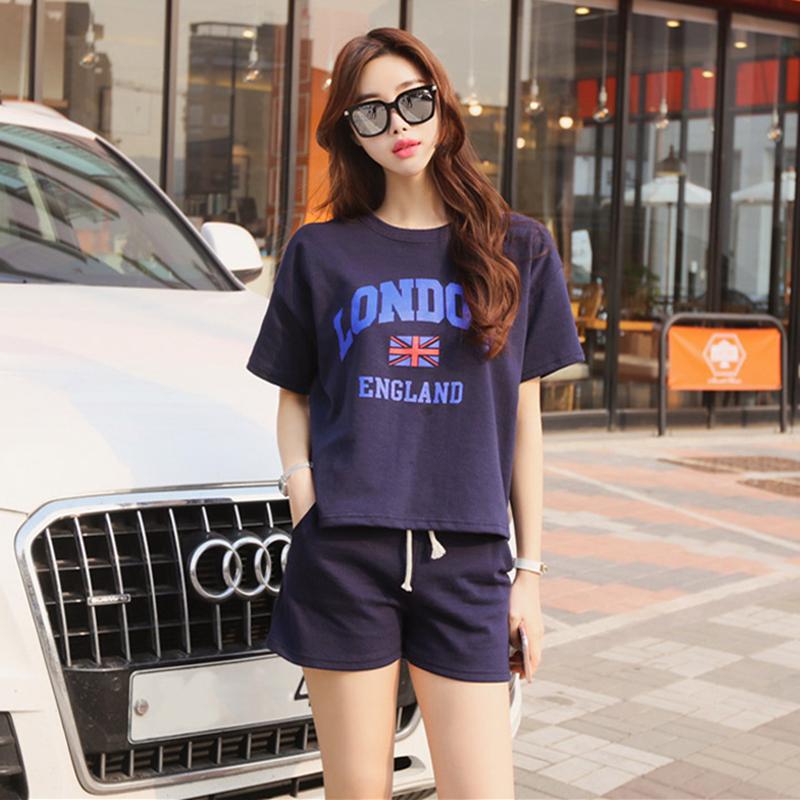 ชุดกีฬา เซ็ทเสื้อคอกลมแขนสั้นพิมพ์ London +กางเกงขาสั้นเชืือกรูดเอว สไตล์เกาหลี