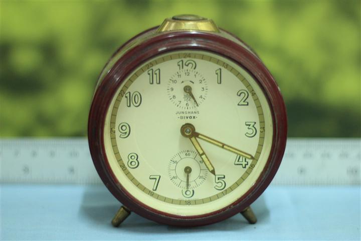 T0628 นาฬิกาปลุกเยอรมันโบราณ Junghans ส่ง EMS ฟรี