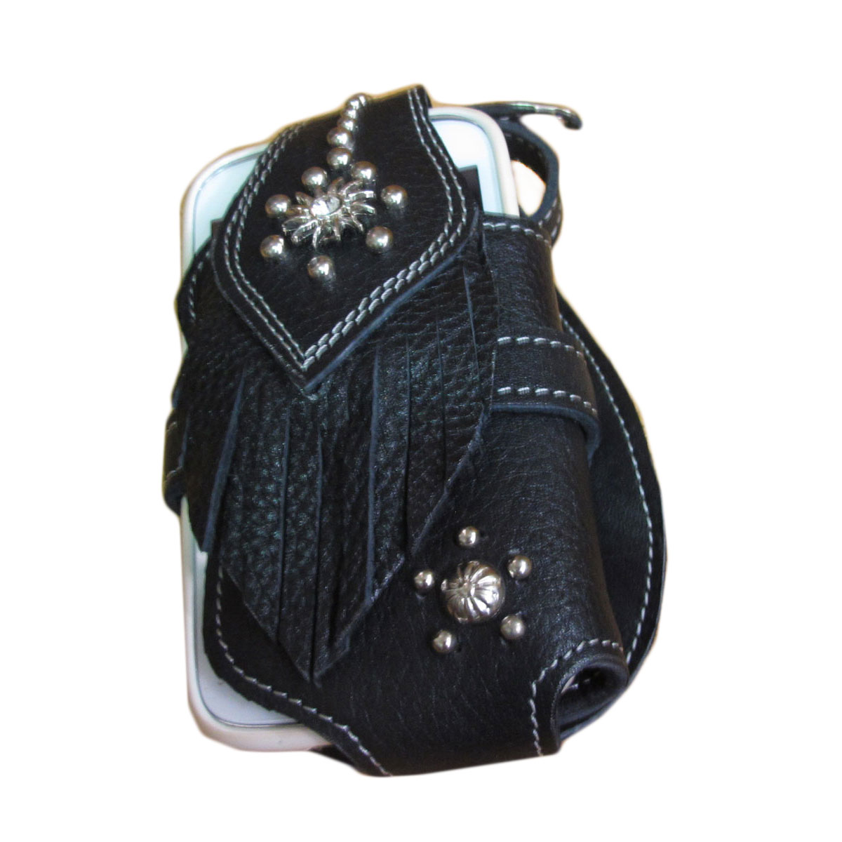 กระเป๋าใส่โทรศัพท์ หนังวัวแท้ ประดับด้วย เม็ดเงิน และ พลอยขาว มีเข็มขัดเพื่อยึดตัวกระเป๋า