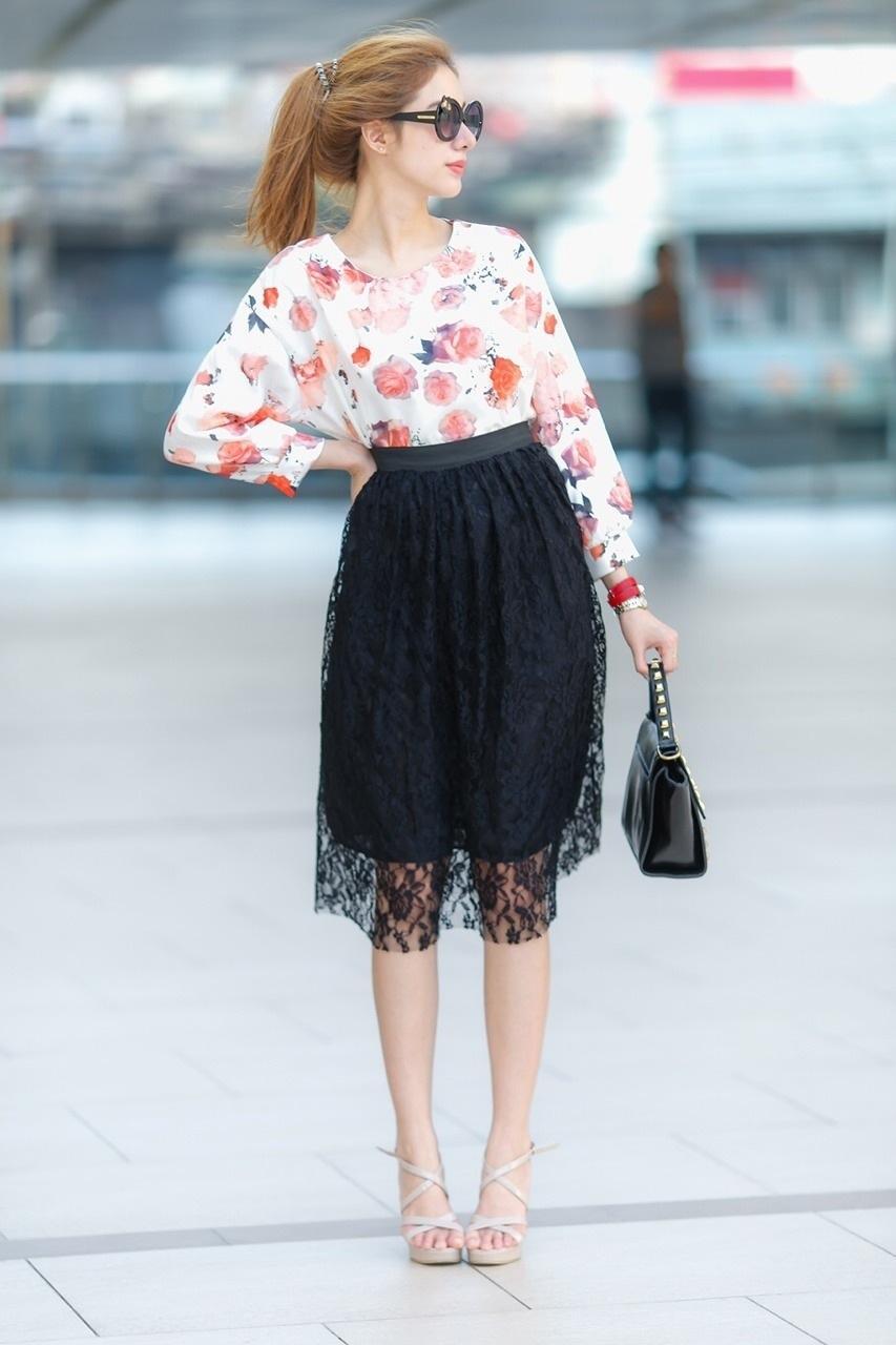 เสื้อผ้าแฟชั่น สุด Chic เสื้อแฟชั่นแขนยาว ผ้าเกาหลี ลายดอกกุหลาบ รหัส 9008_1
